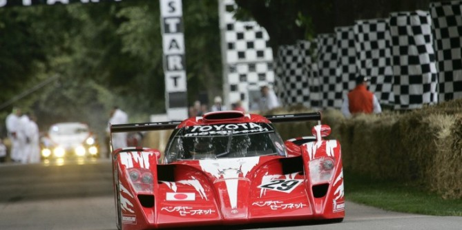 Toyota-GT-one-TS020_23493_lores